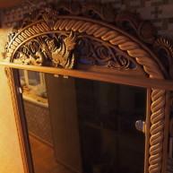 Наличник на межкомнатную дверь(окно) с резным навершием-панно.