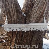 Деревянная полочка под иконы с местом под лампадку