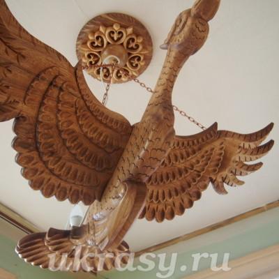 """Деревянная резная люстра """"Птица Счастья"""""""